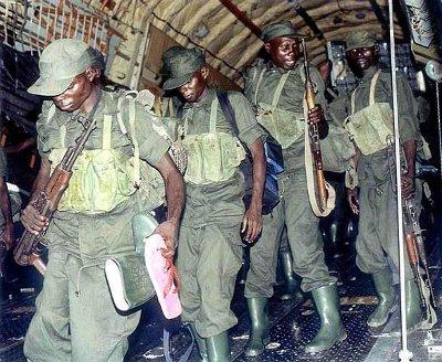 13ugandan_paratroopers.jpg