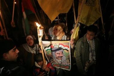 gazamideast_israel_palestinians_xhm127.jpg