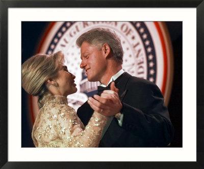 president-clinton-dances.jpg